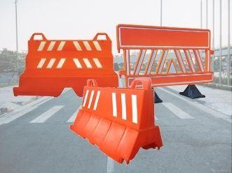 barreira para sinalização de trânsito
