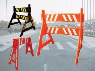 cavaletes para sinalização de trânsito