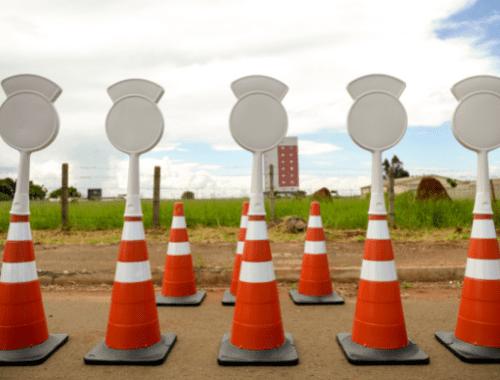 painel informativo para cone